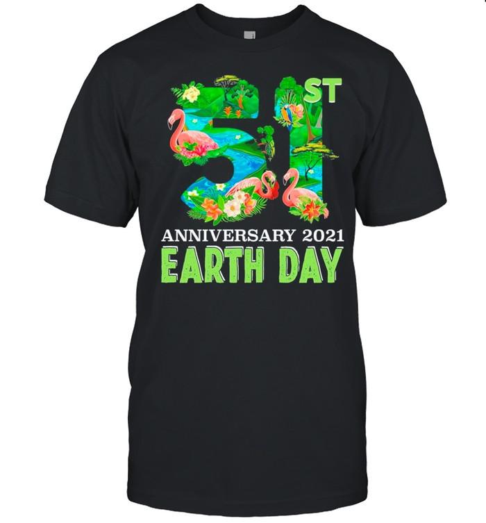 Flamingo Happy Earth Day 51st Anniversary 1970 2021 shirt Classic Men's T-shirt