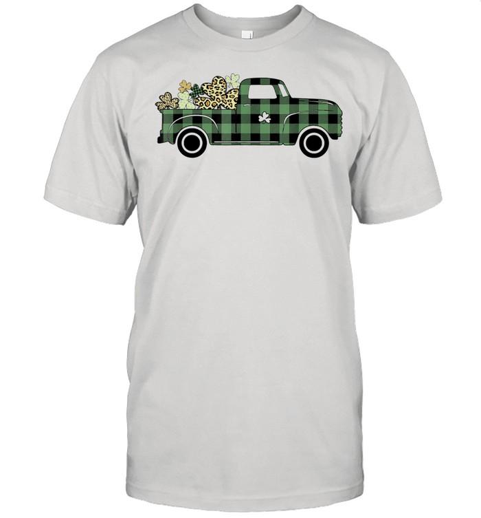 Buffalo Plaid Truck Carrying Shamrock St Patrick's Day  Classic Men's T-shirt