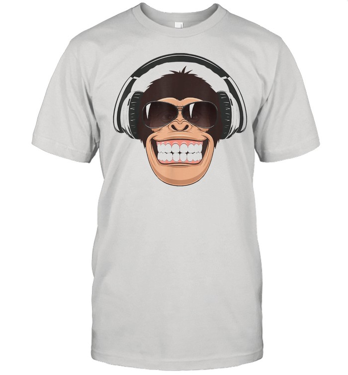 Chimp with Sunglasses Chimpanzee Monkey  Classic Men's T-shirt