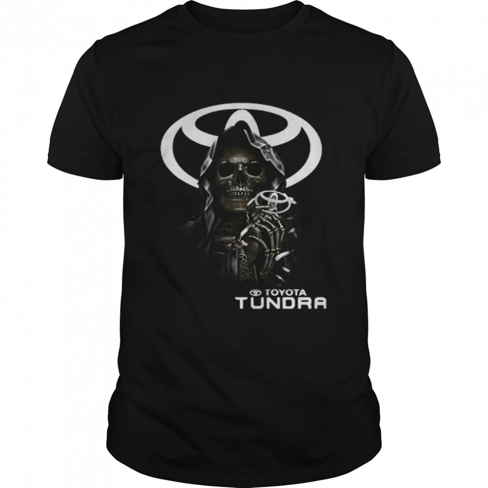 Skull With Toyota Tundra Logo  Classic Men's T-shirt